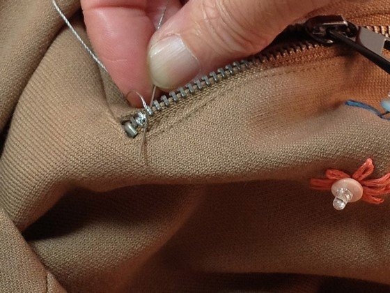 how_to_style_up_your_skirt_with_leds_560_09