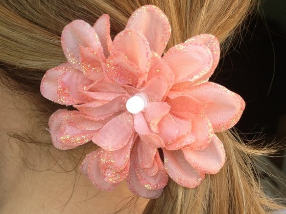 led_flower_hair_accessory_560_02