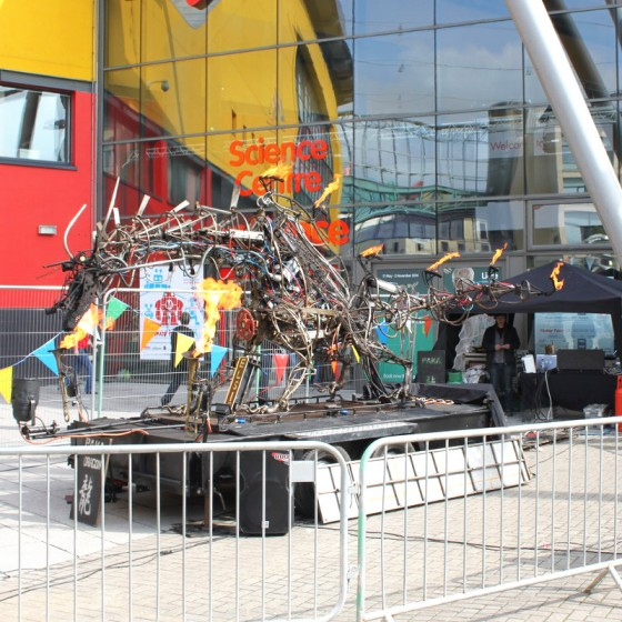 UK_Maker_Faire_2014_Dragon