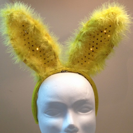 add_sewable_LEDs_to_Easter_Bunny_ears_800_01
