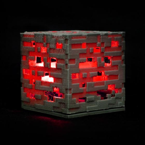 colour_changing_minecraft_cube_560
