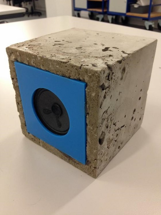 dixons_trinity_academy_concrete_speakers_01_560