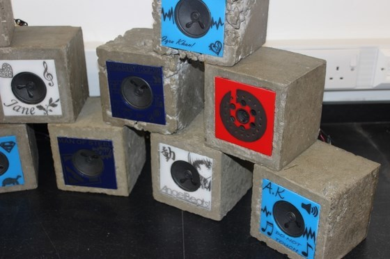 dixons_trinity_academy_concrete_speakers_08_560
