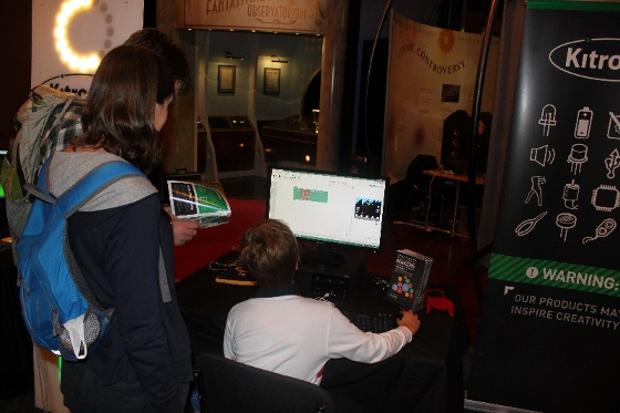 microbit  creator_fair_2015_01_560