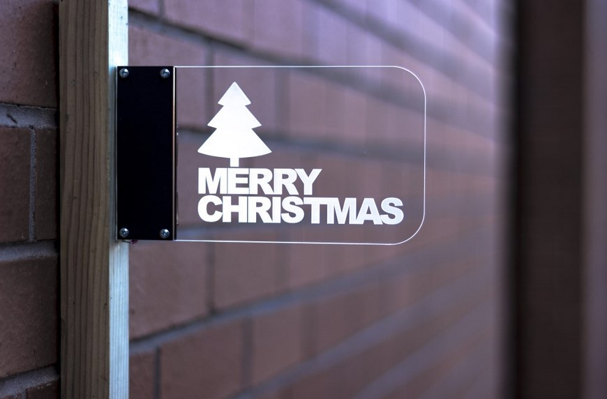 christmas-2016-project-ideas-wall-mounted-edge-lit-sign-870
