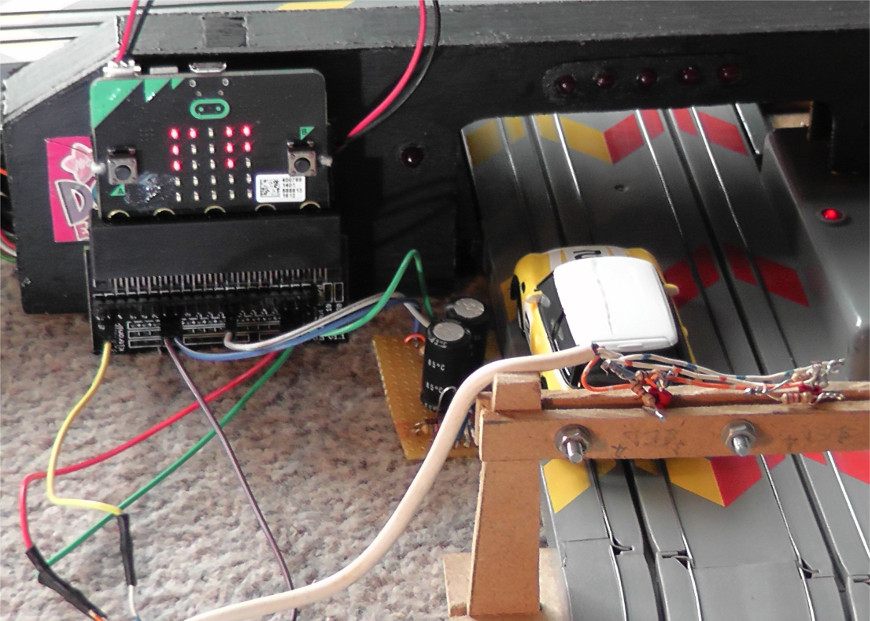 microbit-lap-counter-scalextric-diy-gate-electronics-870