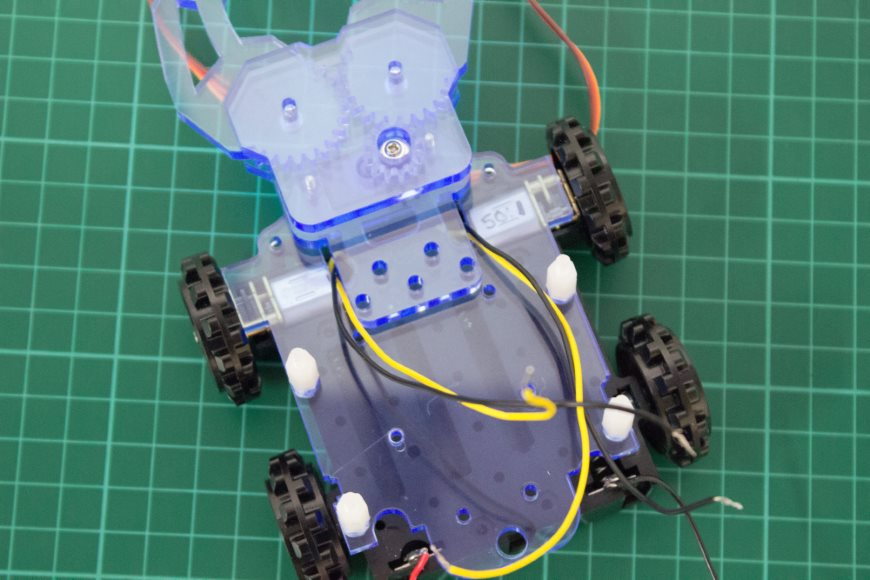 build-microbit-controlled-zumo-buggy-10_870