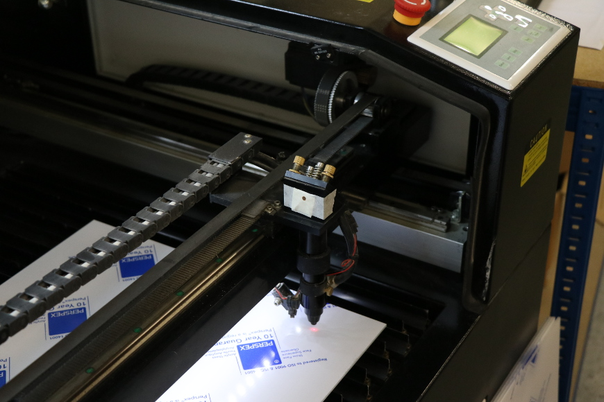 using-laser-materials-laser-mirro alignment-870