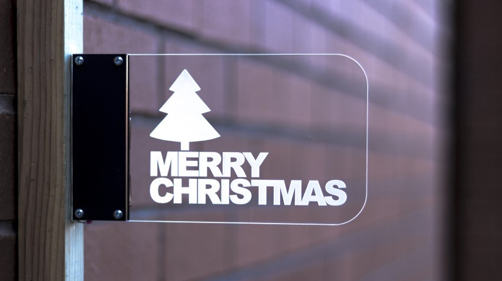 christmas-2016-project-ideas-wall-mounted-edge-lit-sign-1000
