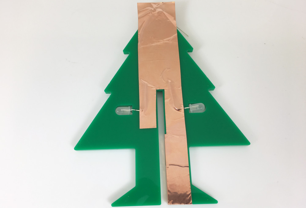 laser-cut-perspex-led-christmas-tape-copper-tape-circuit-part3-1000