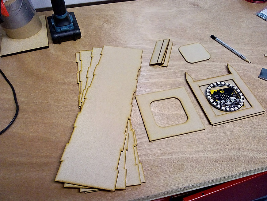 microbit kitronik :city big ben panels