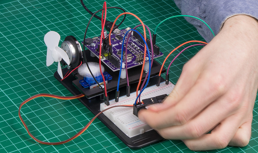 Arduino Inventors Kit Exp 5 Control A Servo With A Potentiometer